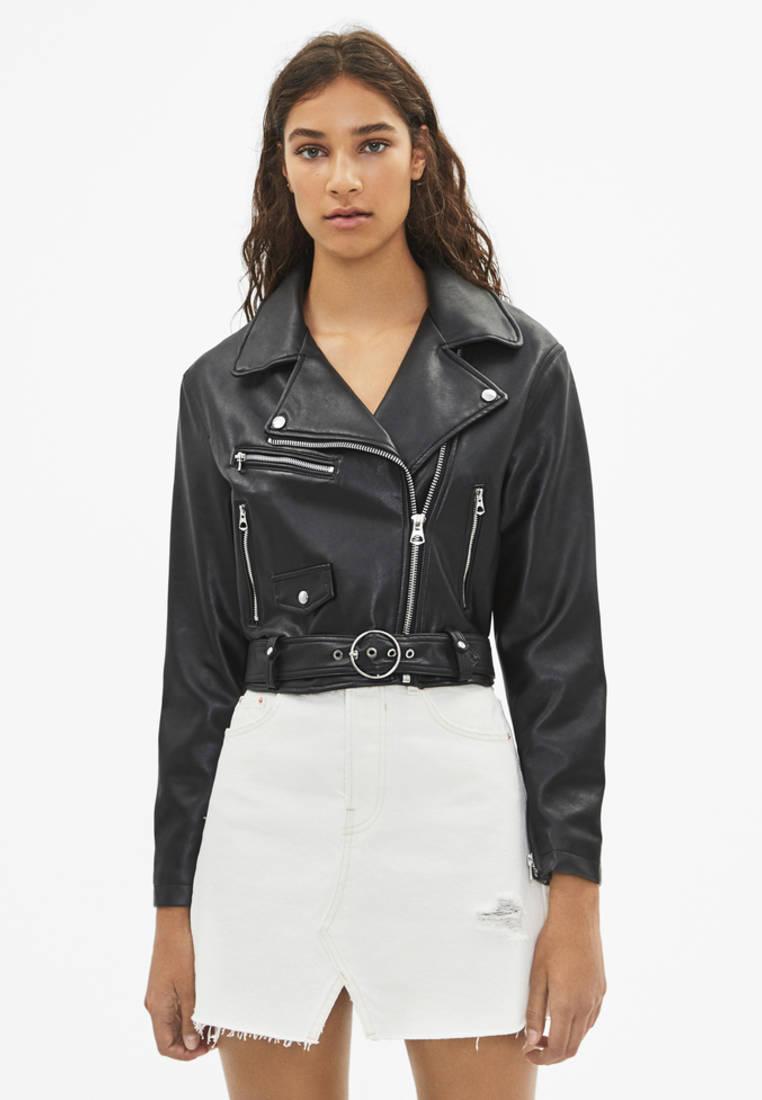 Куртка кожаная, Bershka, цвет: черный. Артикул: IX001XW00AJL. Одежда / Верхняя одежда / Косухи