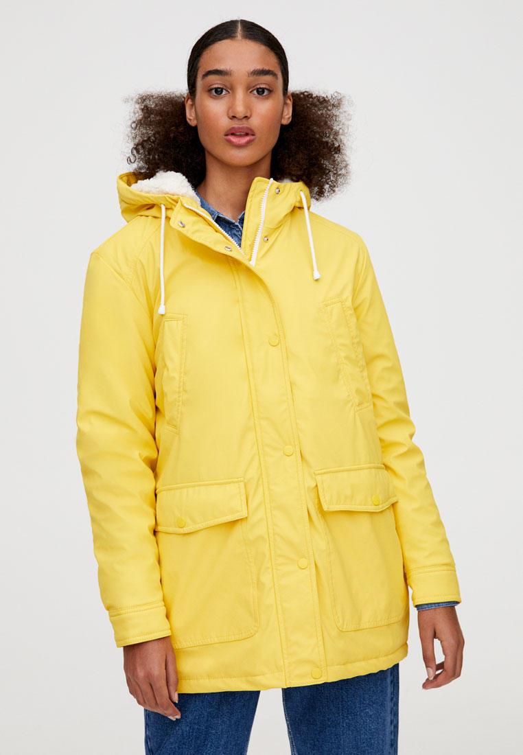 Парка, Pull&Bear, цвет: желтый. Артикул: IX001XW00D1F. Одежда / Верхняя одежда / Парки
