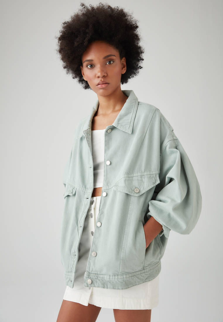 Куртка джинсовая Pull&Bear за 3 599 ₽. в интернет-магазине Lamoda.ru