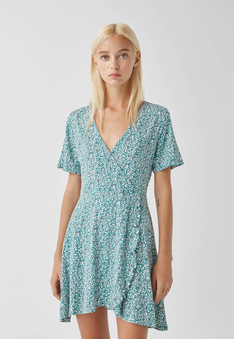 Платье Pull&Bear за 1 899 ₽. в интернет-магазине Lamoda.ru