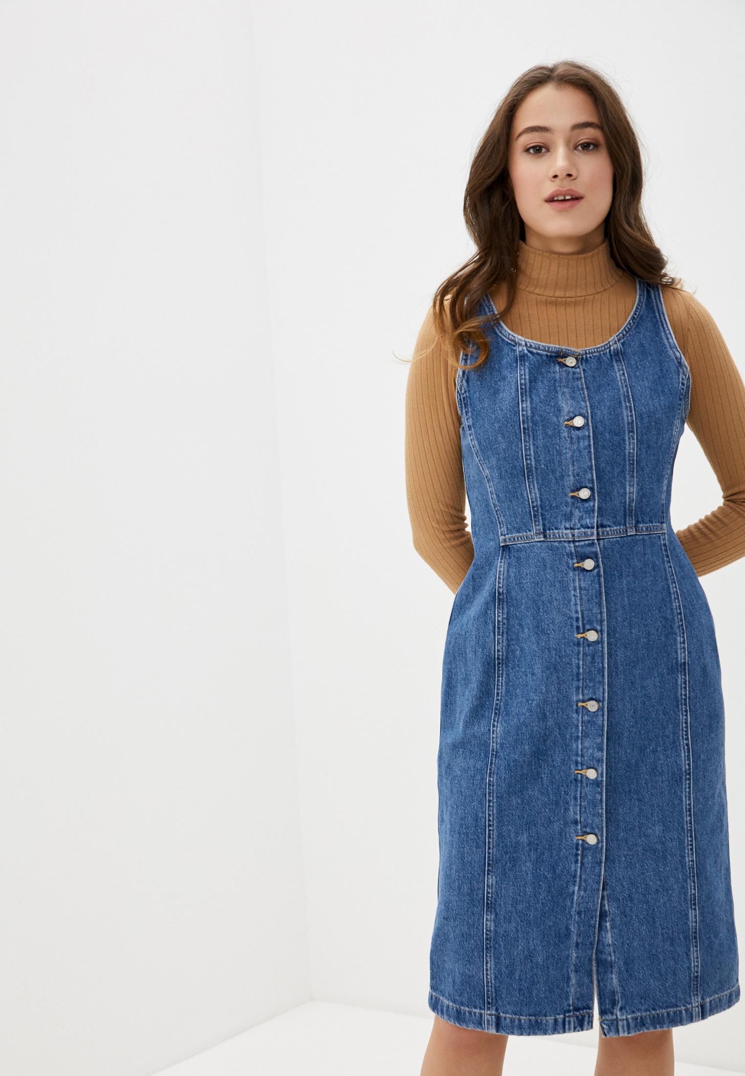 Платье джинсовое Levi's® за 4 870 ₽. в интернет-магазине Lamoda.ru