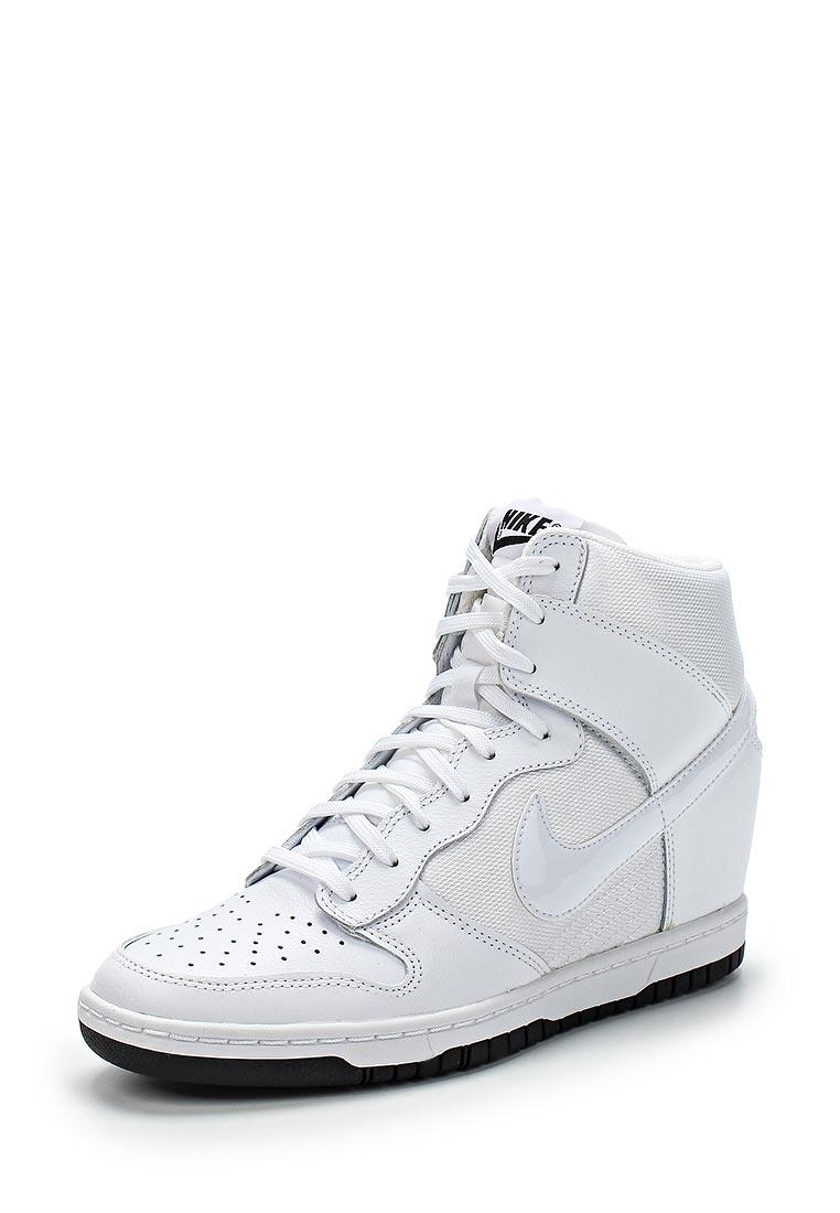 ef5dcc45 Кеды на танкетке Nike WMNS DUNK SKY HI ESSENTIAL купить за 4 940 руб ...