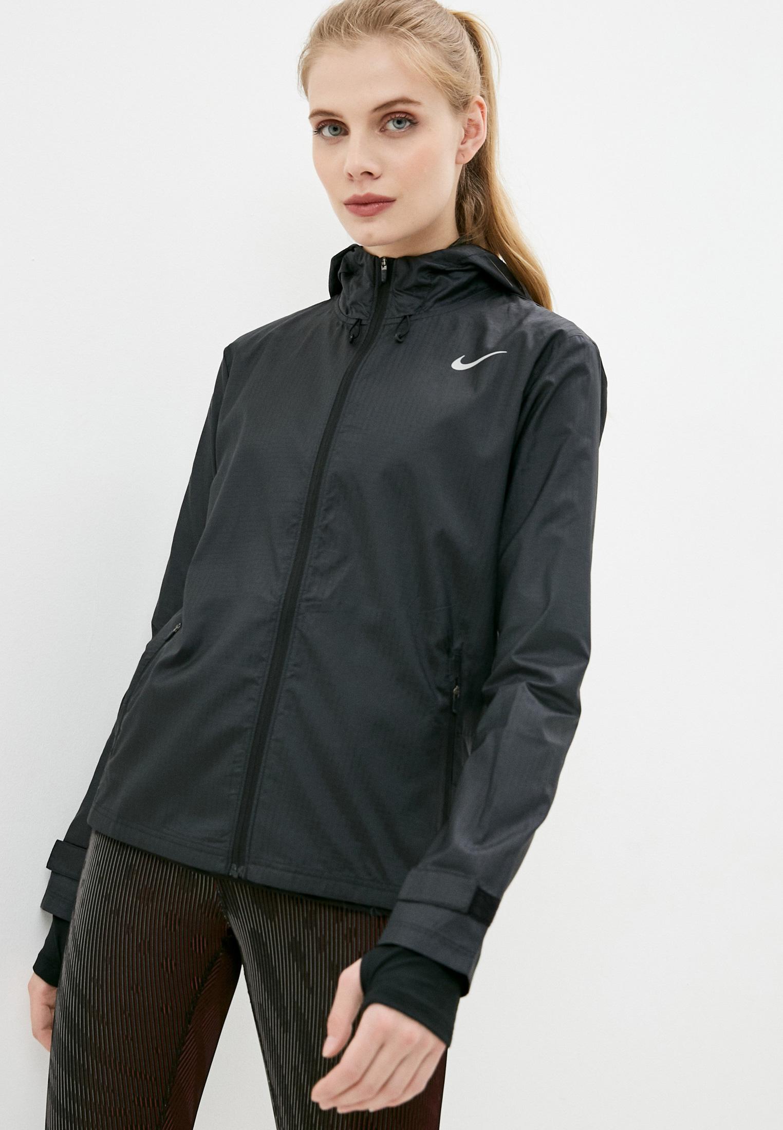 Ветровка Nike W NK ESSENTIAL JACKET за 6 499 ₽. в интернет-магазине Lamoda.ru