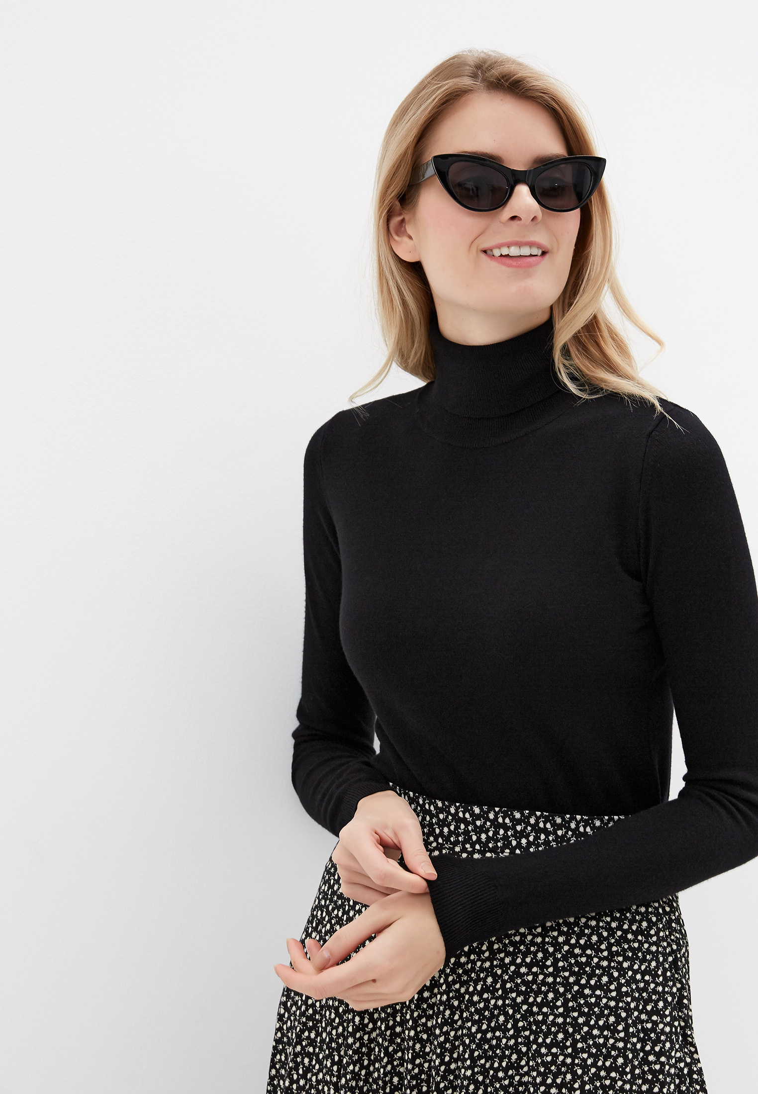 Водолазка, Rinascimento, цвет: черный. Артикул: RI005EWGAZU8. Одежда / Джемперы, свитеры и кардиганы